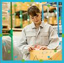 アパレル商品の検品や仕分け作業などの軽作業