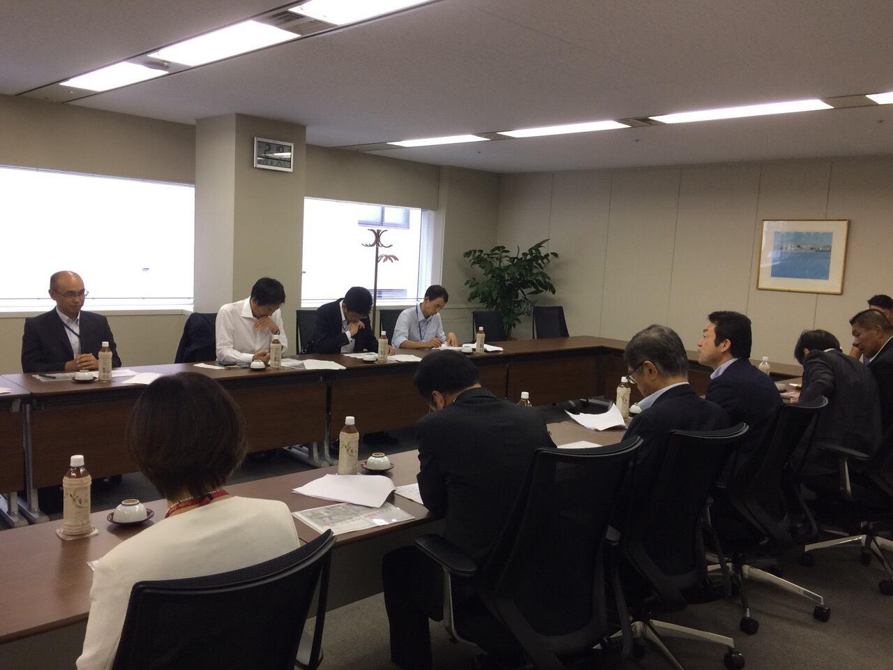 鈴木大地スポーツ庁長官がママスクエア両国店を視察されました